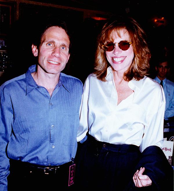 Dennis Elsas with Carly Simon